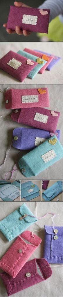 Podemos usar botones y fieltro de diversos colores para hacer hermosas bolsas de regalo.