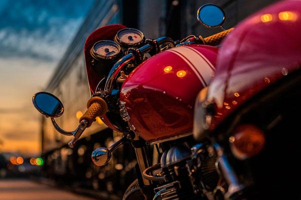 4 coberturas imprescindibles de los seguros de moto