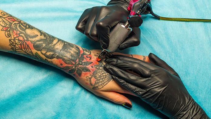 Imagen de salón de tatuajes